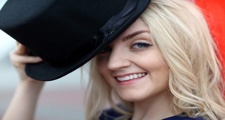 Evanna Lynch Leakycon Interview