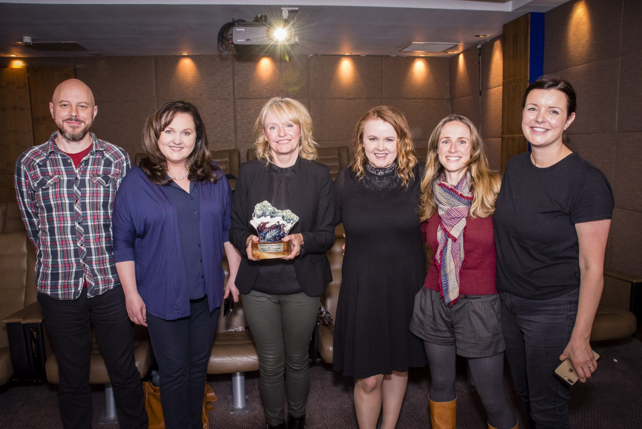 Kerry Film Festival Artistic Director Maeve McGrath presents the Maureen O'Hara award to 2017 recipient Director and Editor Emer Reynolds at a ceremony in Dublin today.  R-L are Producer Claire Stronge, Ailbhe Keagan (KFFest Board Member), Maeve McGrath, Emer Reynolds, Áine Moriarity (KFFest Board Member and CEO of IFTA), Declan McSteen (Programmer KFF).