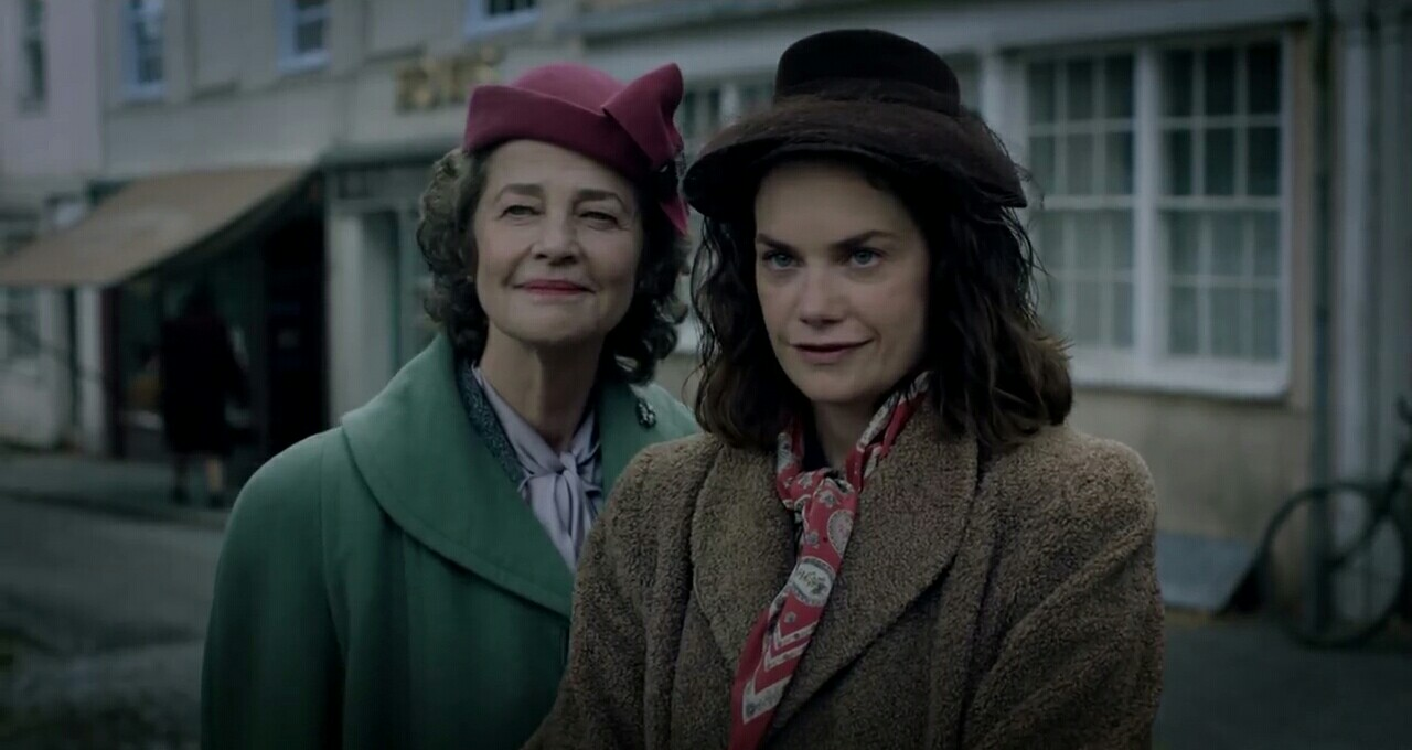 "Charlotte Rampling as ""Mrs. Ayres"" and Ruth Wilson as ""Caroline Ayres"" in director Lenny Abrahamson's THE LITTLE STRANGER, a Focus Features release. Credit: Nicola Dove / Focus Features"